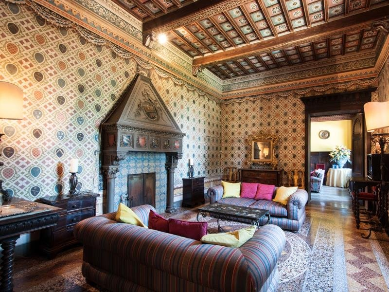 Castello-di-Magona-in-Tuscany-Interior-Design